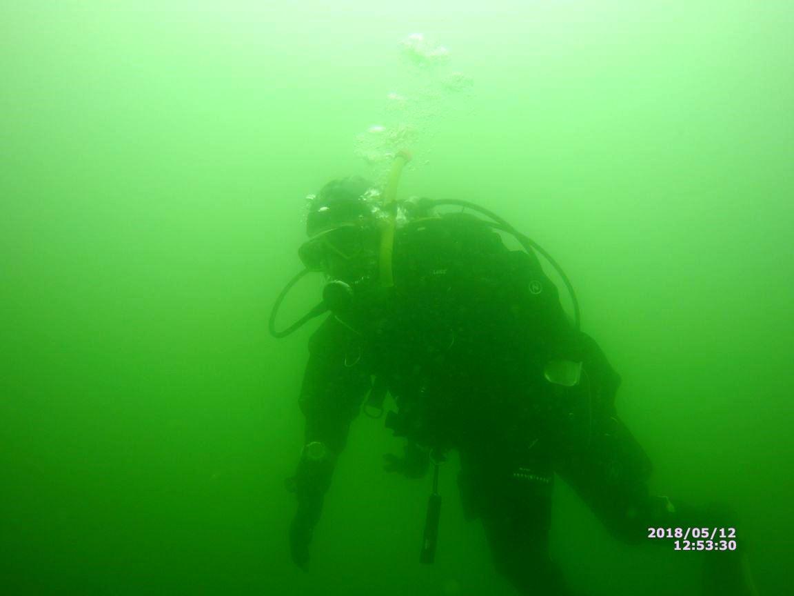 20180513 Sicht unter Wasser (2)
